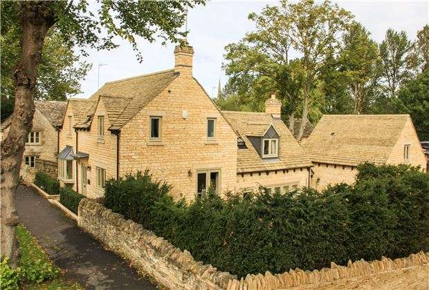 5 Bedrooms Detached House for sale in Swans Rest, Witney Street, Burford, Oxfordshire