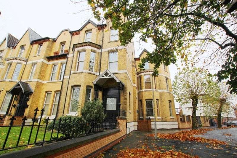 2 Bedrooms Flat for sale in Princes Avenue, Toxteth, Liverpool, L8