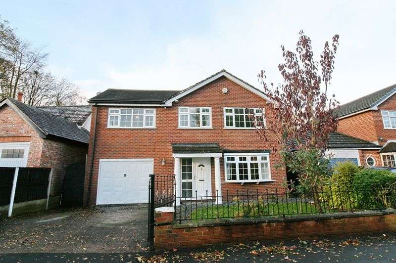 4 Bedrooms Detached House for sale in Mulgrave Road, Roe Green Worsley Manchester