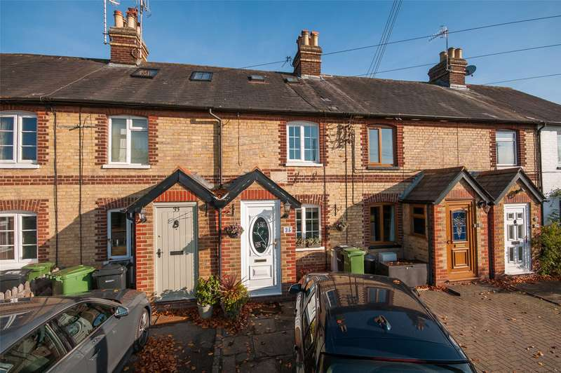 2 Bedrooms Terraced House for sale in Middle Street, Brockham, Betchworth, Surrey, RH3