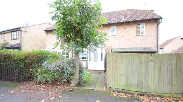 2 Bedrooms Terraced House for sale in Watersfield Close, Lower Earley, Reading