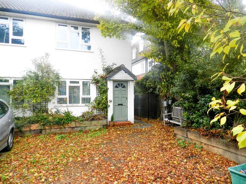 2 Bedrooms Property for sale in Hook Road, Surbiton, KT6 5BH