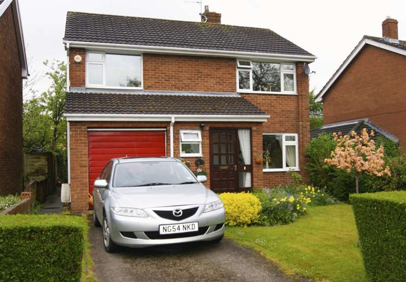 4 Bedrooms Detached House for sale in Lon Y Gelli, Wrexham