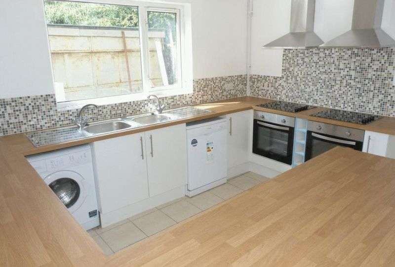 5 Bedrooms Property for rent in Gelligaer Street, Cardiff
