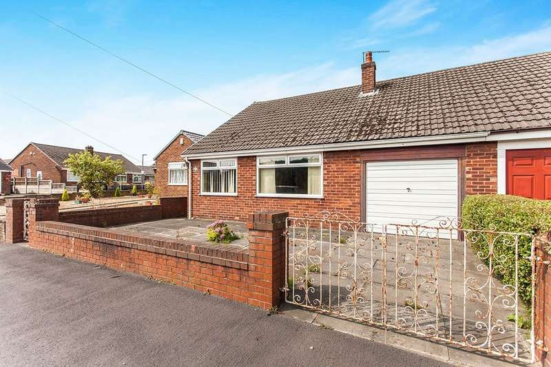 3 Bedrooms Semi Detached Bungalow for sale in Sherwood Avenue, Ashton-In-Makerfield, Wigan, WN4