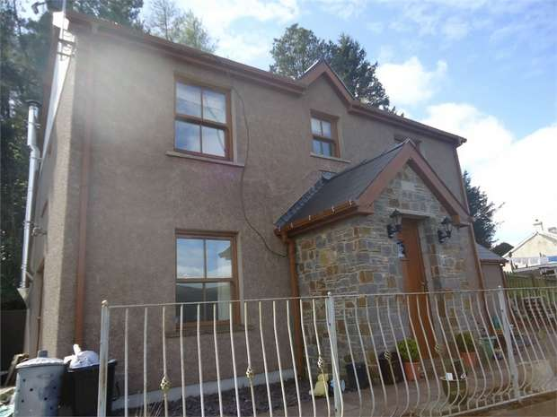 5 Bedrooms Detached House for sale in Ty Blaen Seren, Darenfelin, Llanelly Hill, ABERGAVENNY, Monmouthshire