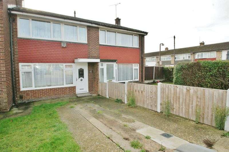 3 Bedrooms Terraced House for sale in Brennan Road, Tilbury