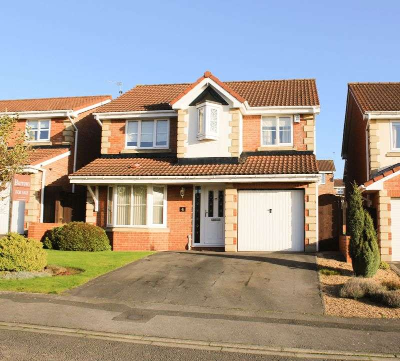 4 Bedrooms Detached House for sale in Cunningham Close, Brotton