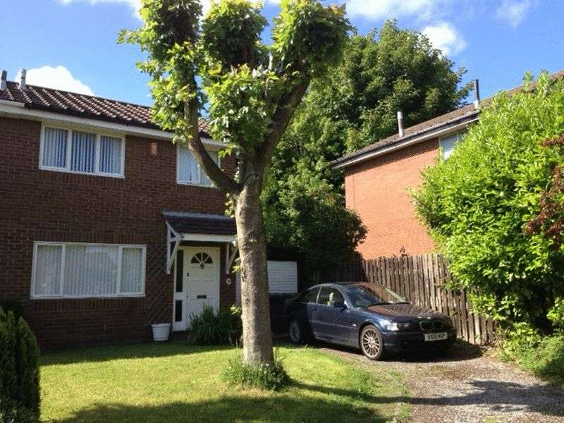 3 Bedrooms Semi Detached House for sale in St. Clares Avenue, Fulwood, Preston