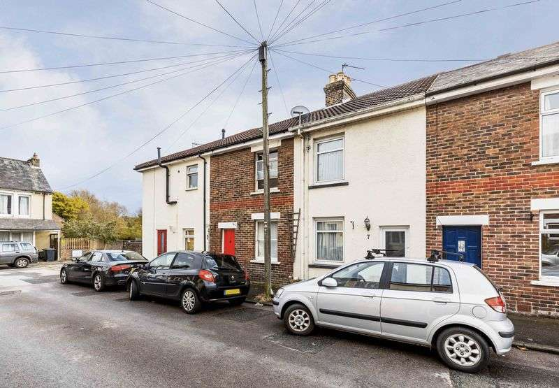3 Bedrooms Terraced House for sale in Sultan Road, Emsworth