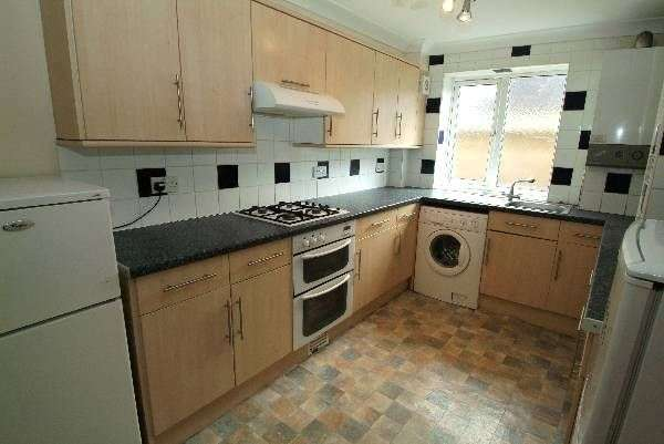 6 Bedrooms Flat for rent in Lyon Street, Bevois Valley, Southampton