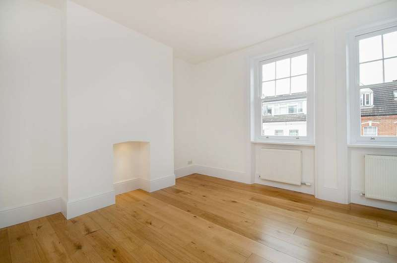 2 Bedrooms Flat for sale in Kingdon Road, West Hampstead, NW6