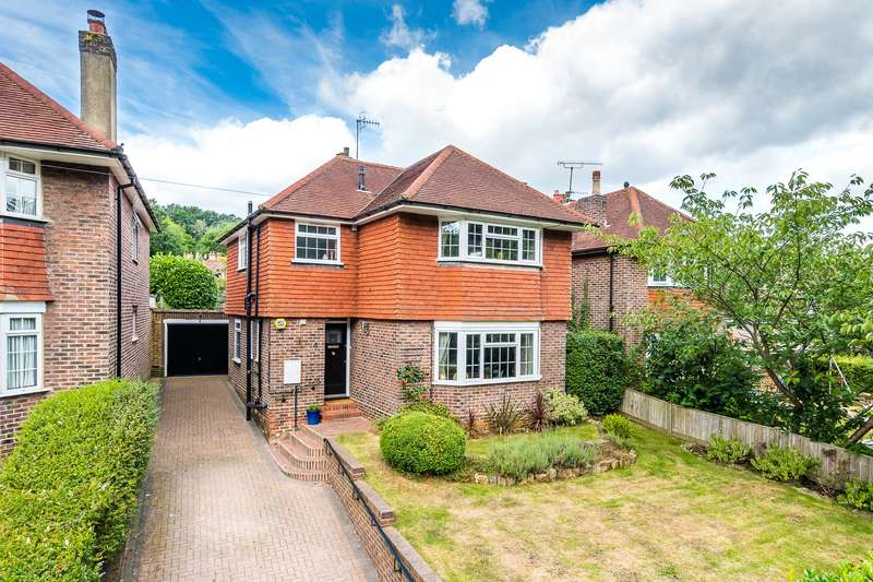 3 Bedrooms Detached House for sale in Park Lane East, Reigate, Surrey, RH2