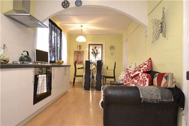 3 Bedrooms Semi Detached House for sale in Newton Road, BATH, BA2 1RW