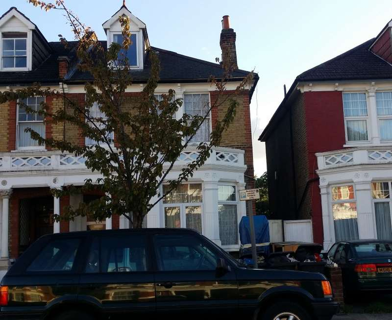 8 Bedrooms Semi Detached House for sale in Rosenthal Road, Catford, London, SE6 2BX