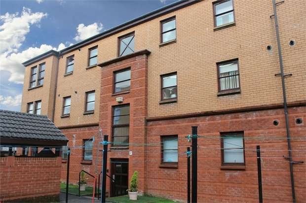 2 Bedrooms Flat for sale in Regent Street, Greenock, Inverclyde