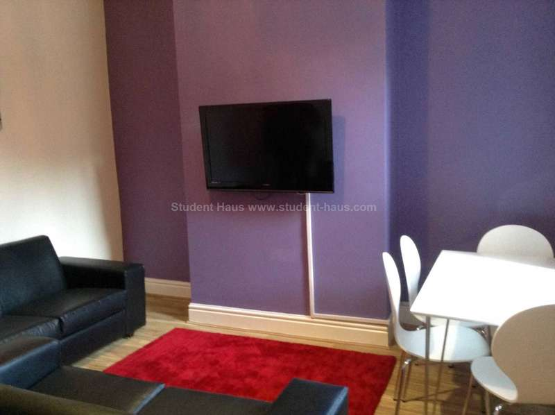 4 Bedrooms House for rent in Patten Street, Withington