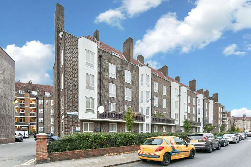 2 Bedrooms Flat for sale in East Dulwich Estate, London SE22