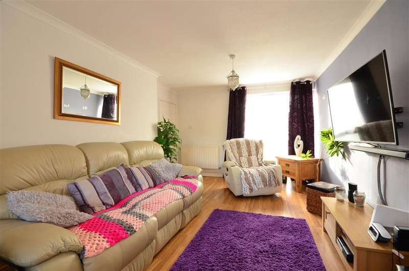 3 Bedrooms Terraced House for sale in The Forge, Southwater, West Sussex