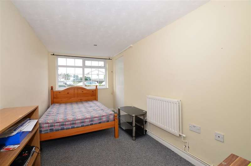3 Bedrooms Terraced House for sale in South Street, Canterbury, Kent