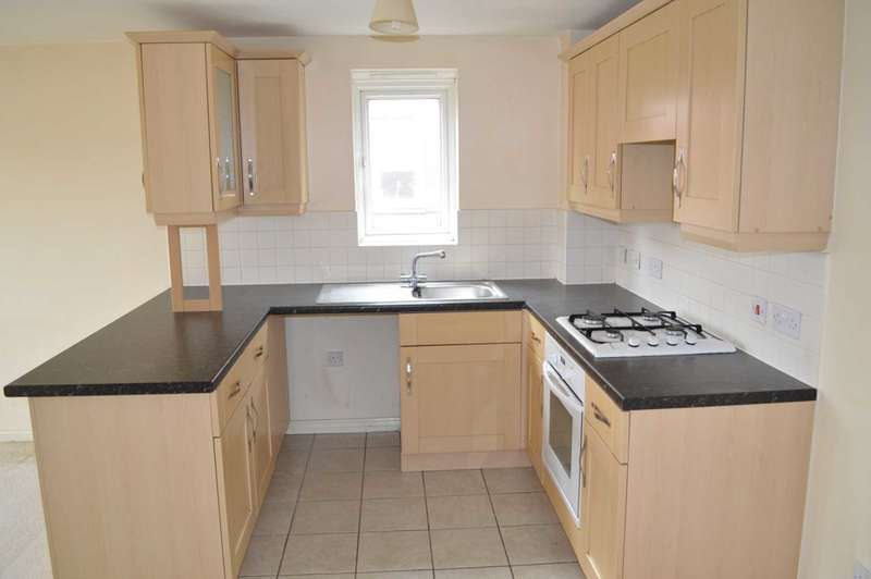 2 Bedrooms Apartment Flat for sale in Capstan Drive, South Hornchurch