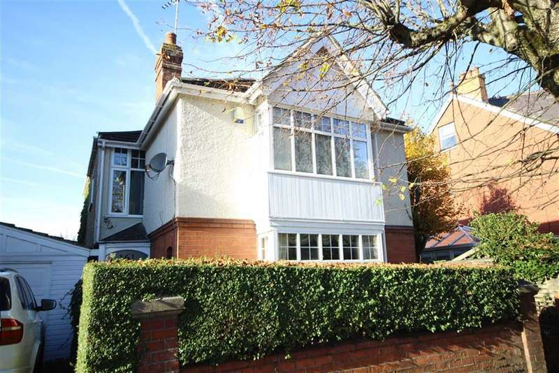 3 Bedrooms Property for sale in Goddard Avenue, Old Town, Swindon