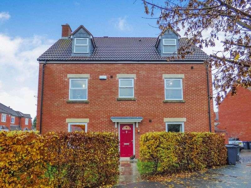 5 Bedrooms Detached House for sale in Warren Road, Trowbridge