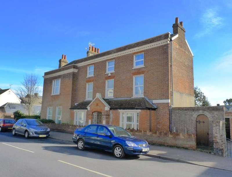 7 Bedrooms Detached House for sale in Vicarage Street, Broadstairs, CT10