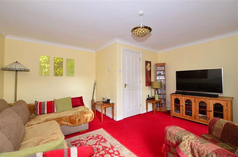 4 Bedrooms Terraced House for sale in Albert Reed Gardens, Tovil, Maidstone, Kent