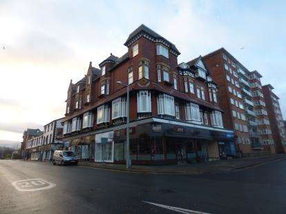 2 Bedrooms Flat for sale in Prince Of Wales Building, Lord Street, Southport, Merseyside, PR8