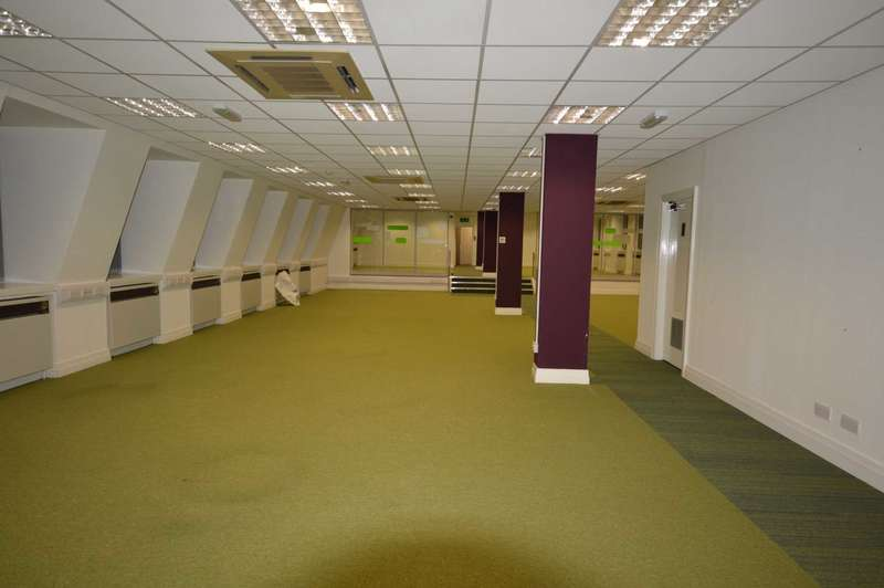 Commercial Property for rent in Castle Street, Hinckley