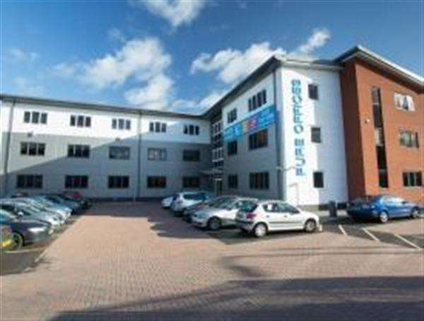 Office Commercial for rent in Broadwell Road -, Oldbury