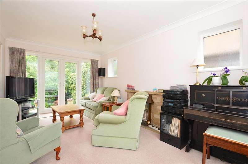 4 Bedrooms Detached House for sale in Windmill Way, Reigate, Surrey