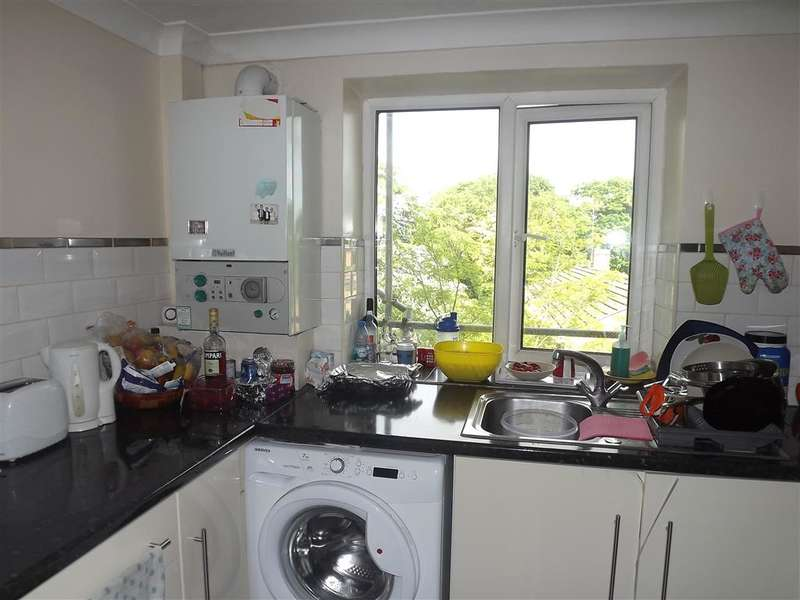 3 Bedrooms Apartment Flat for sale in Woolwich Road, Belvedere, Kent