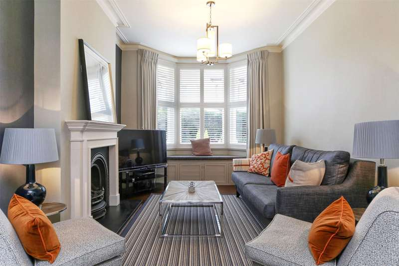 4 Bedrooms Terraced House for sale in Waldemar Avenue, Bishops Park, Fulham, London, SW6