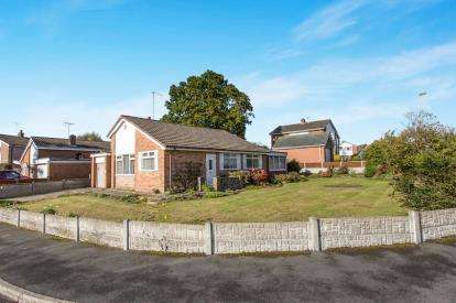 3 Bedrooms Detached House for sale in Brookland Drive, Sandbach, Cheshire