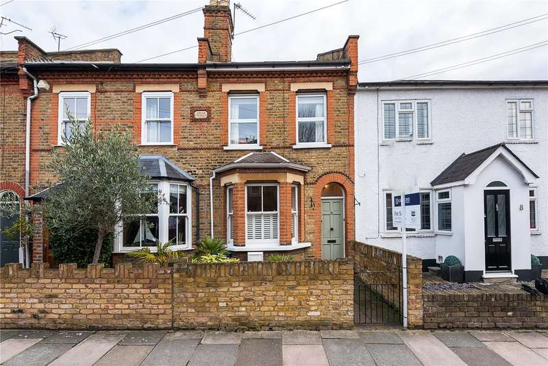 3 Bedrooms Terraced House for sale in Briar Road, Twickenham, TW2