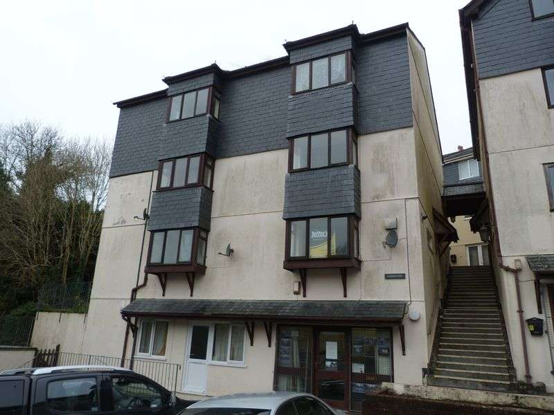 1 Bedroom Flat for sale in Marthus Court, Liskeard