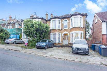 1 Bedroom Flat for sale in Second Avenue, London