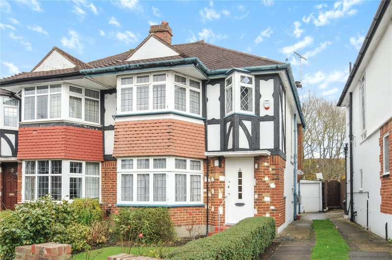 3 Bedrooms Semi Detached House for sale in Essex Close, Ruislip, Middlesex, HA4