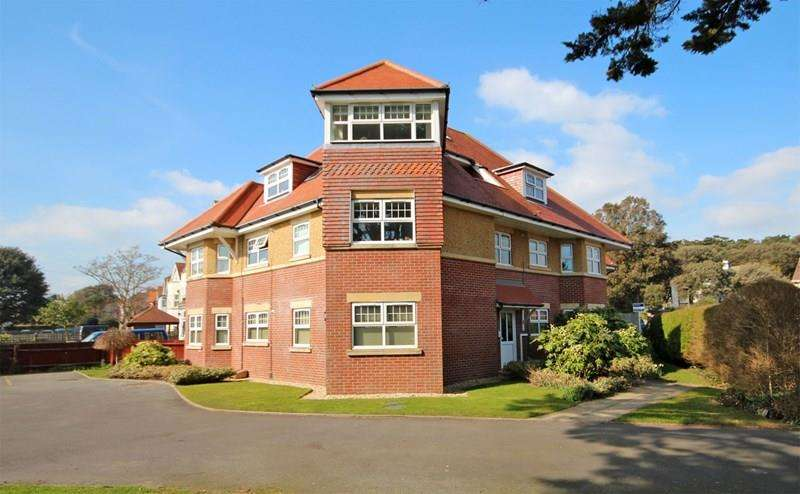2 Bedrooms Apartment Flat for sale in St. Catherines Road, Southbourne, Bournemouth