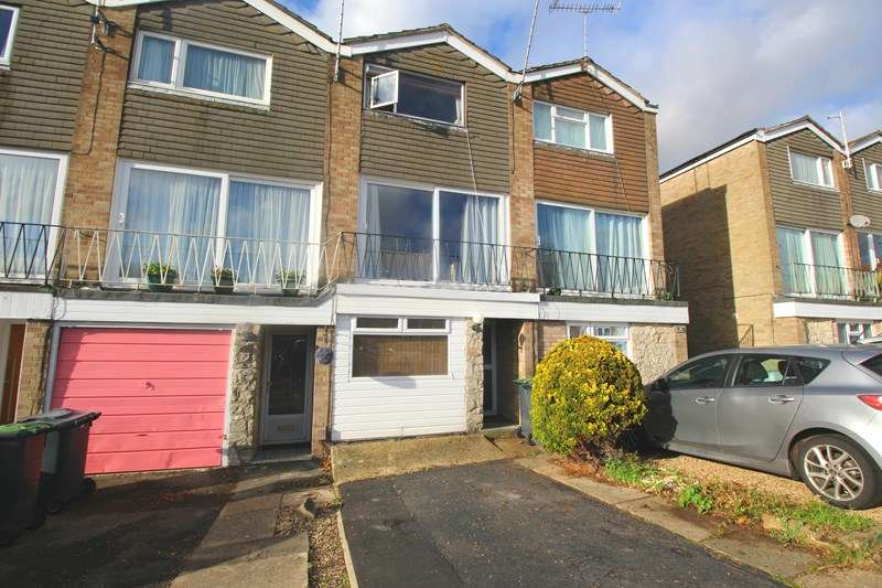3 Bedrooms Terraced House for sale in Purbrook Gardens, Waterlooville