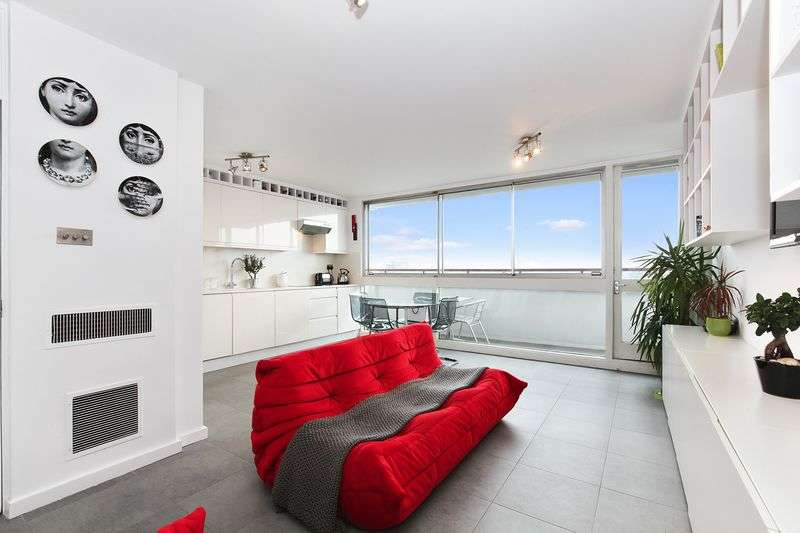 1 Bedroom Flat for sale in Luxborough Street, Marylebone, W1