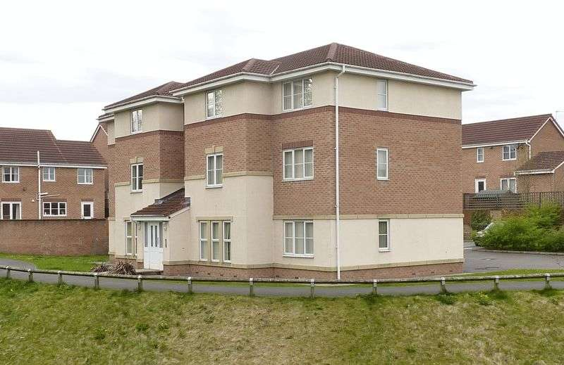 1 Bedroom Flat for sale in Greendale Drive, Radcliffe, Manchester