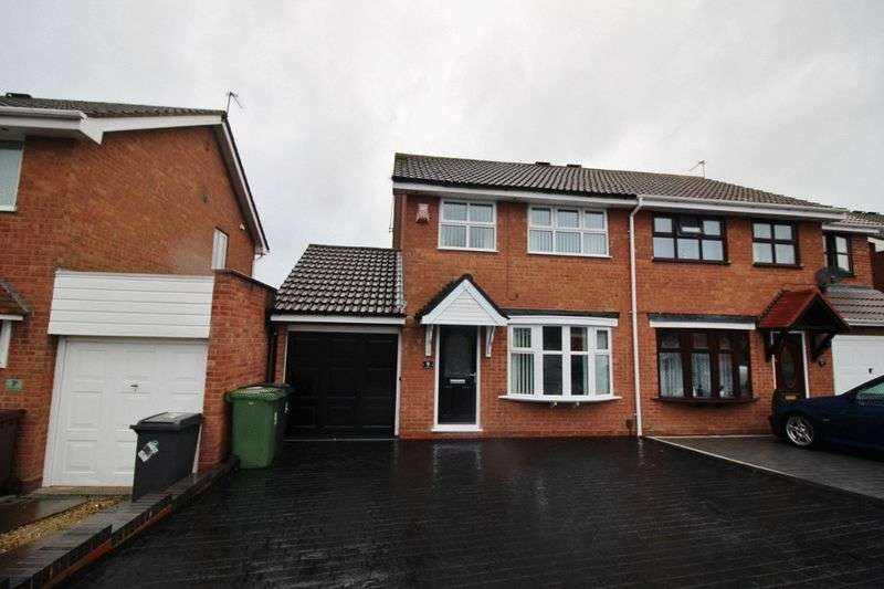 3 Bedrooms Property for sale in Gatcombe Close, Wolverhampton