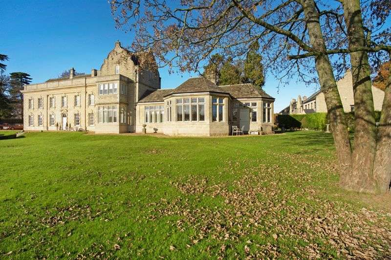 3 Bedrooms Semi Detached House for sale in The Old Chapel, Stocken Hall, Stretton, Oakham, Rutland
