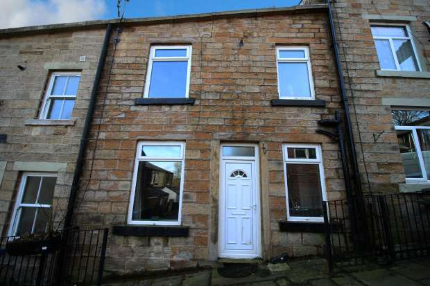 2 Bedrooms Terraced House for sale in Holmes Lane, Bacup, Lancashire, OL13 8BS