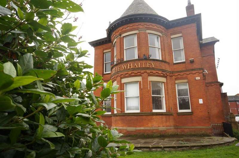 2 Bedrooms Property for sale in 2 Withington Road, Whalley Range, Manchester, M16