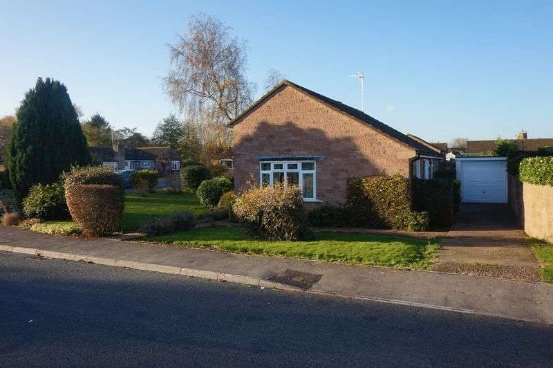 3 Bedrooms Detached Bungalow for sale in Oxleaze, Bishops Lydeard