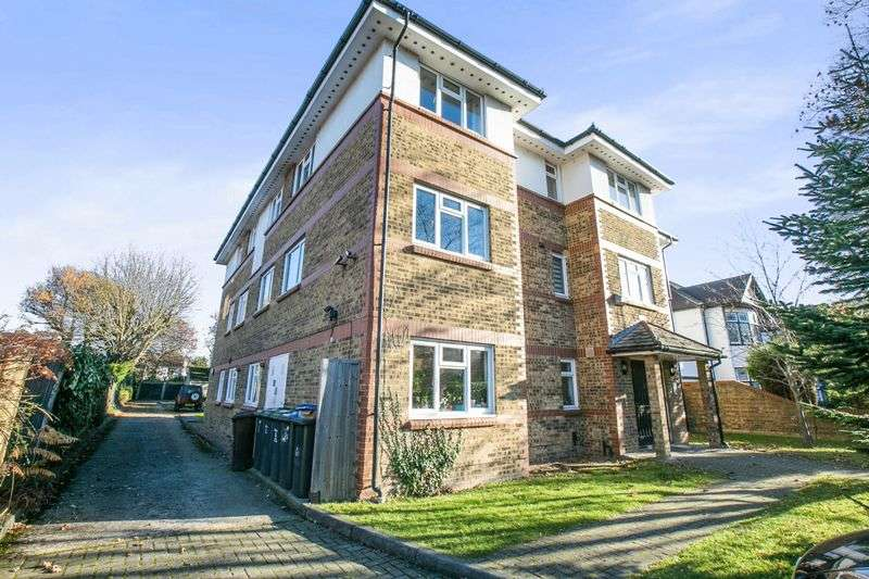 2 Bedrooms Flat for sale in Cator Road, London SE26